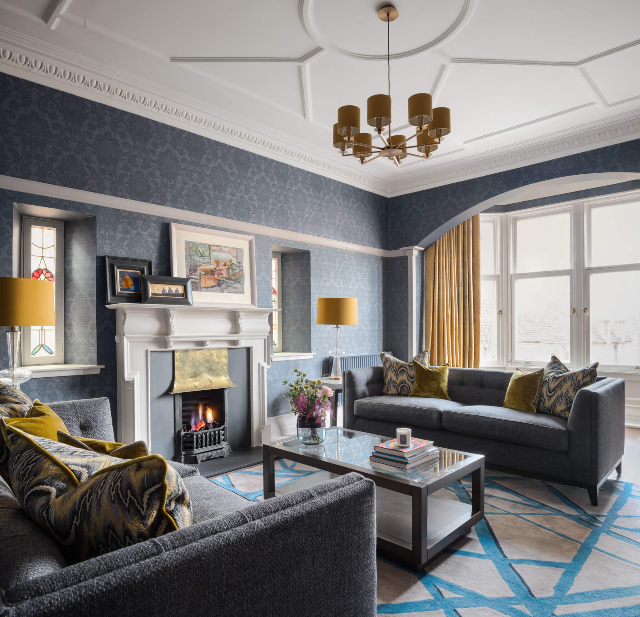 Print-Drawing-Room-Overview-Stich-Chelsea-Mclaine-Interiors-Introductory-Shoot-©ZACandZAC