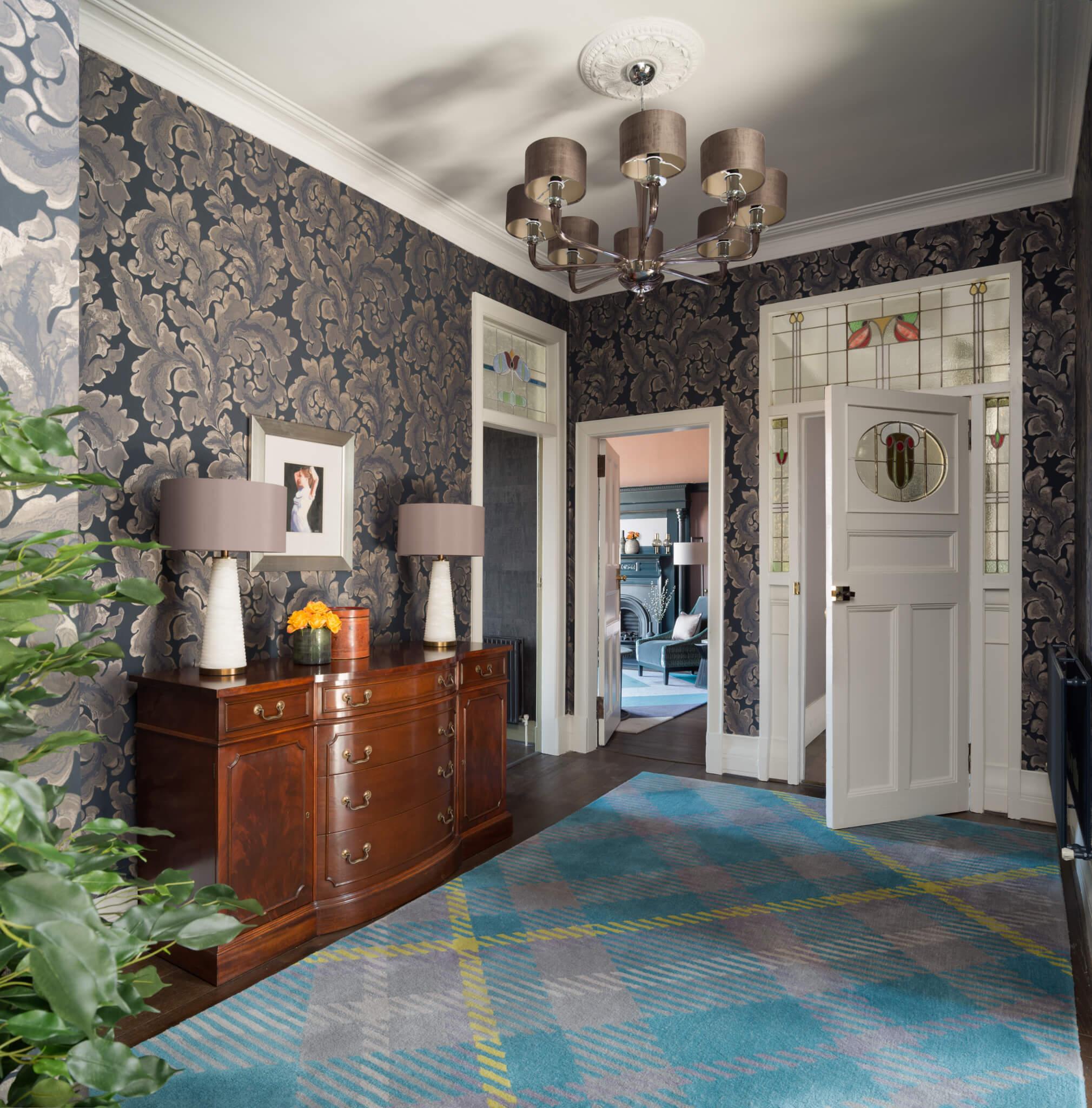 Print-Hall-to-Entrance-Door-Chelsea-Mclaine-Interiors-Introductory-Shoot-©ZACandZAC