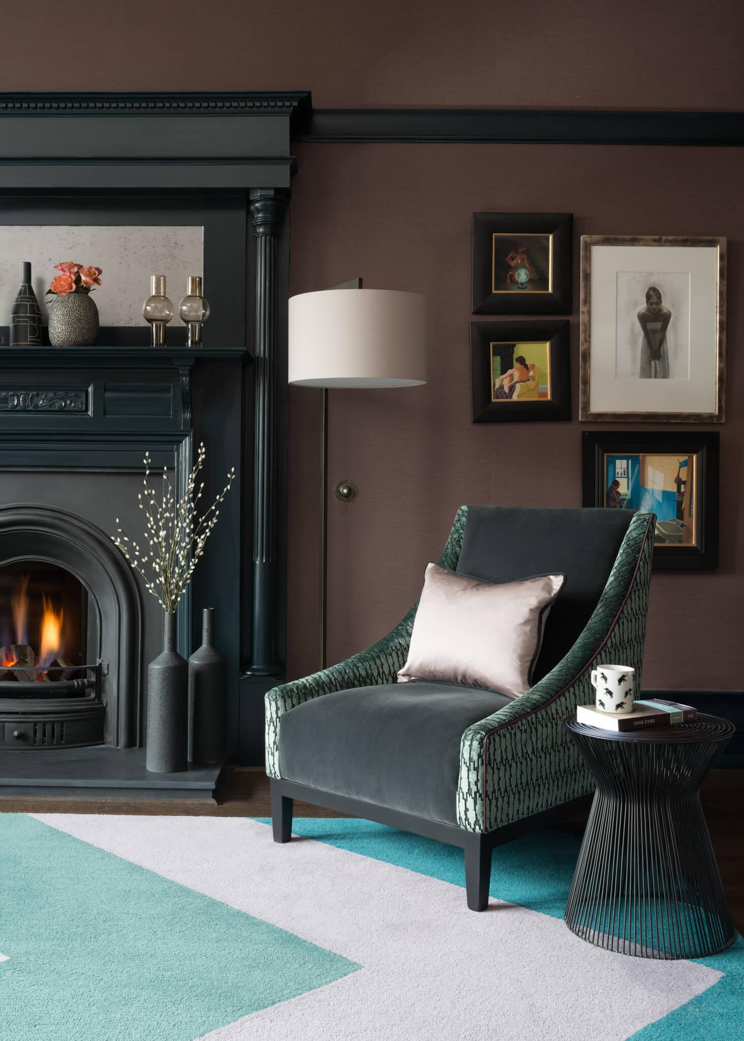 Print-Livingroom-and-Armchair-Chelsea-Mclaine-Interiors-Introductory-Shoot-©ZACandZAC